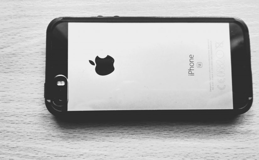 iPhone SE vs Xiaomi Redmi 3